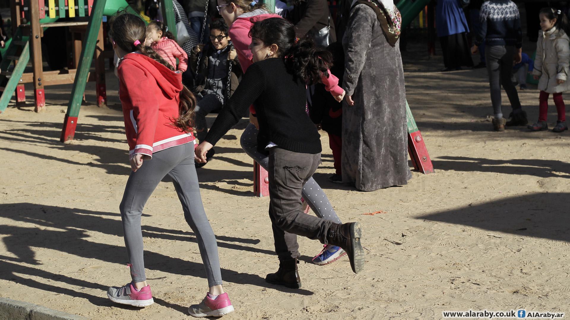 أطفال في الجزائر