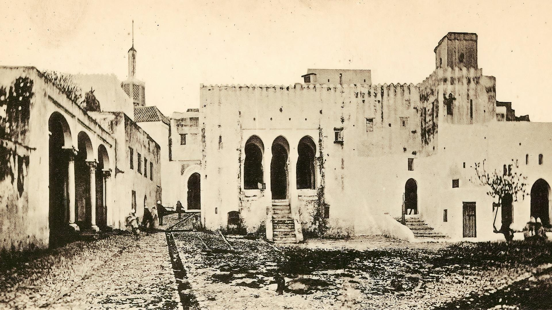 طنجة.. تاريخ المدينة في خمسمئة عام