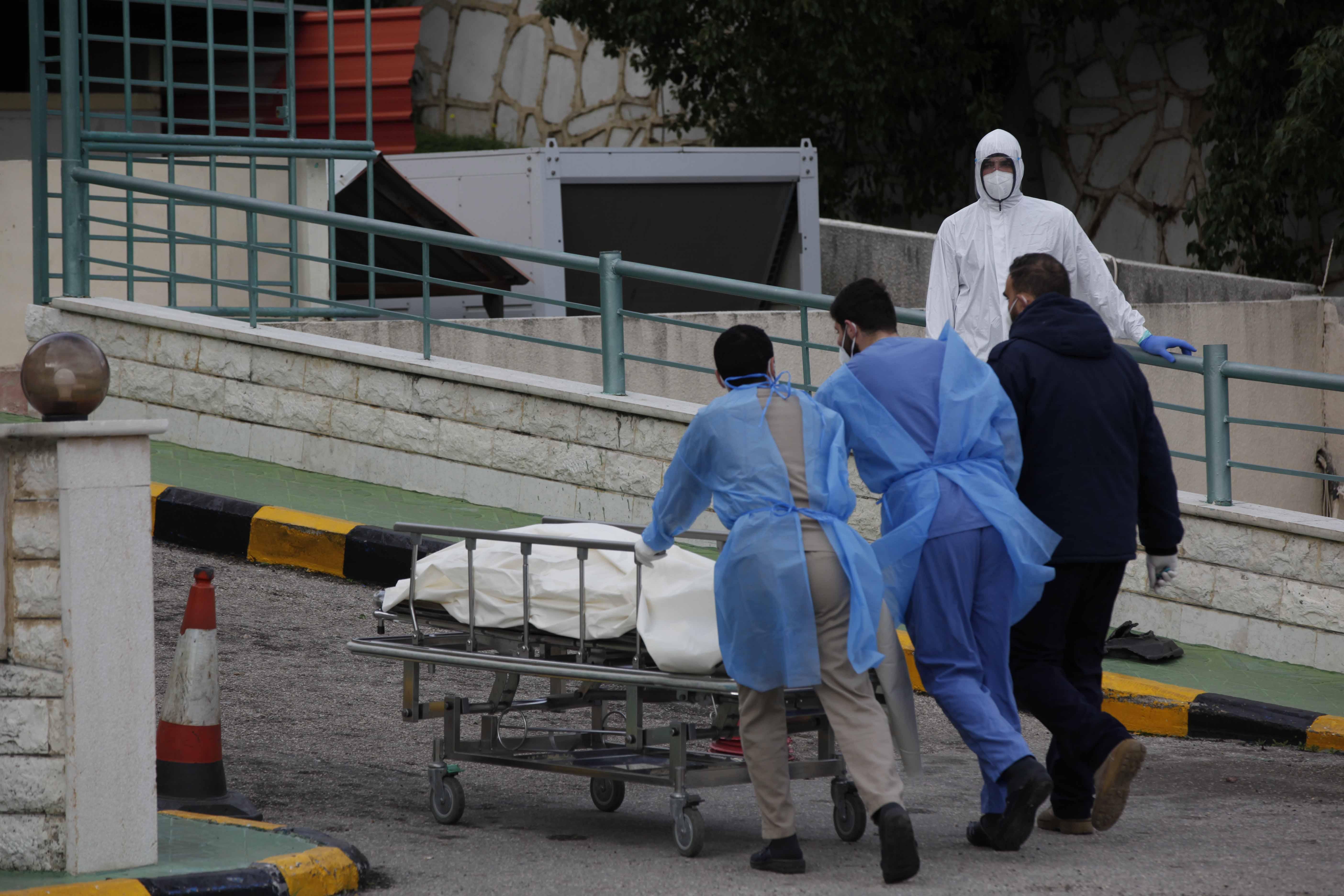 ممرضون فلسطينيون في لبنان 2 (محمد الزعتري)