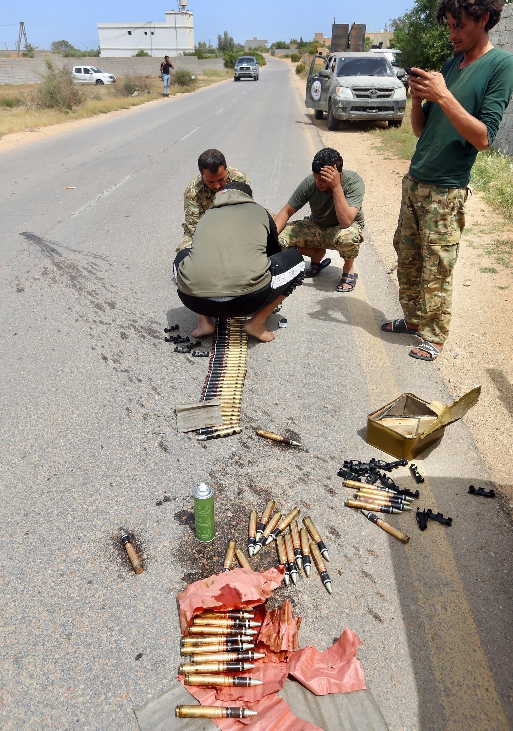 لا يشعر أهالي بنغازي بالأمان (عبد الله دوما/ فرانس برس)