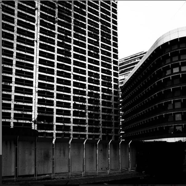 مبنى الهوليدي إن، تصوير كريم صقر