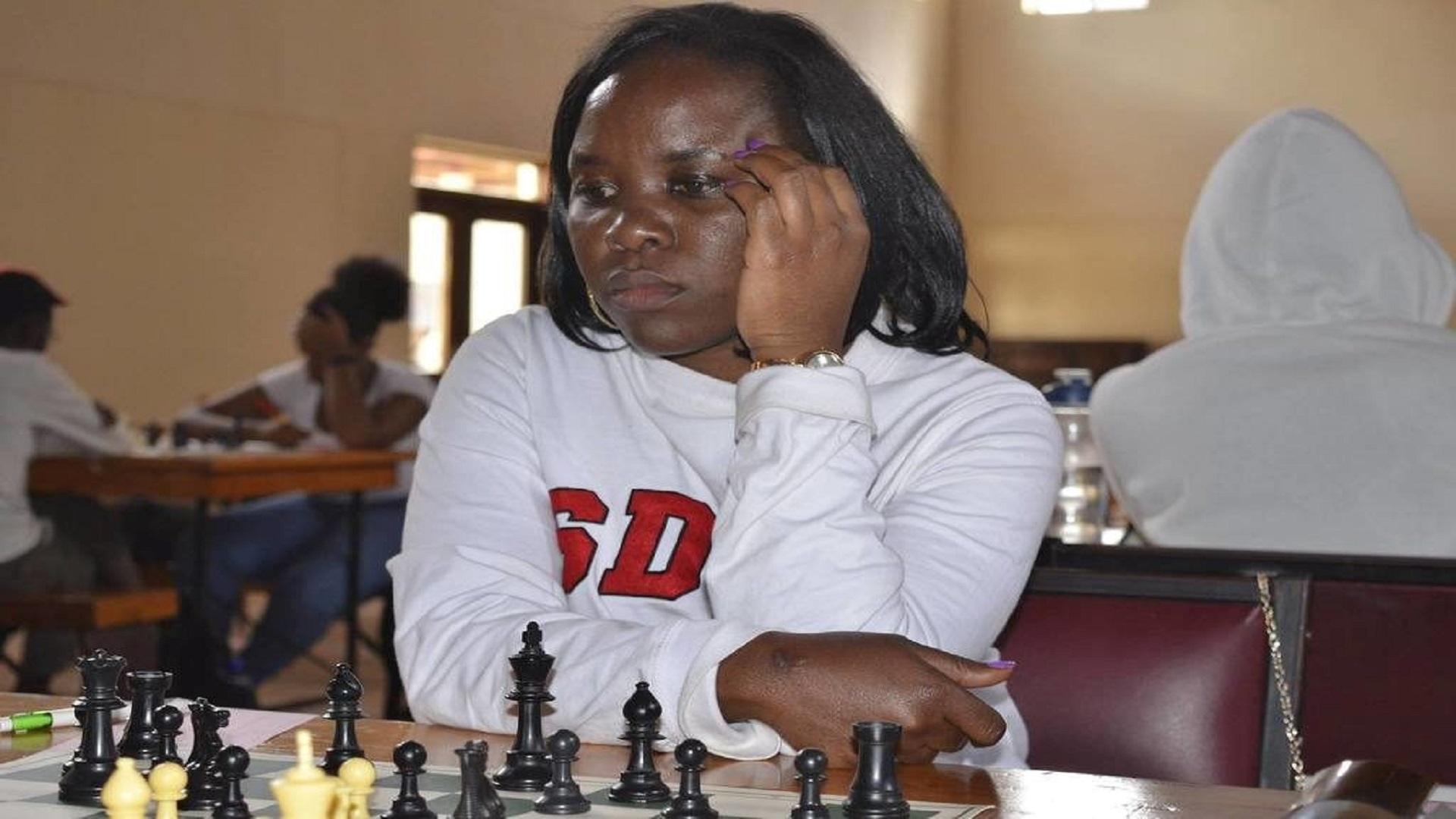 تقرير ملكة شطرنج قصة صبية 8