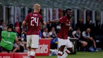 , ITALY - JULY 15: Franck Kessie of AC Milan celebrates 1-1 with Simon Kjaer of AC Milan during the Italian Serie A match between AC Milan v Parma on July 15, 2020 (Photo by Mattia Ozbot/Soccrates/Getty Images)