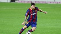 مدير برشلونة الرياضي السابق يُثير الجدل بسبب ميسي