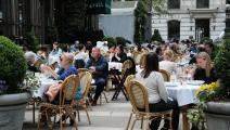 مطعم في نيويورك في الولايات المتحدة (Getty)