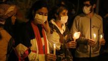 """شموع """"انتفاضة 17 أكتوبر"""": رثاء مسبق لبلدٍ منهار؟ (حسين بيضون)"""