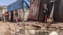 أطفال نازحون في مخيم في سورية (محمد عبد الله/الأناضول)