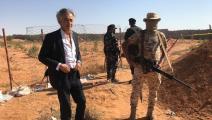 برنار هنري ليفي في ترهونة الليبية (تويتر)