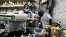 السلطة تفرض أعباء معيشية إضافية على المصريين (فرانس برس)
