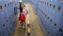 الإناث أكثر ميلاً إلى الانتحار في مدارس أميركا (بريان فان در براغ/ Getty)