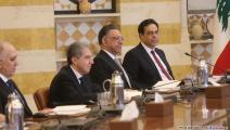 بدأت سُبحة الاستقالات تكرّ من الحكومة اللبنانية والبرلمان(حسين بيضون)