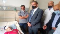 وزير الصحة الأردني يزور طفلا أصيب بالتسمم (تويتر)