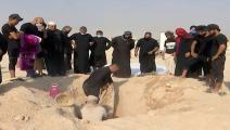 إعادة دفن ضحايا فيروس كورونا في العراق (فيسبوك)
