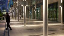 مركز دبي المالي الذي يحتضن معظم المصارف بالإمارة