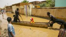 الفيضانات جعلت التنقل شبه مستحيل (محمود حجاج/ الأناضول)