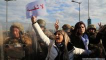 متظاهرون أمام مجلس النواب في لبنان (حسين بيضون)