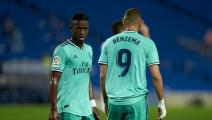 SAN SEBASTIAN, SPAIN - JUNE 21: Karim Benzema and Vinicius Junior of Real Madrid CF during the Liga match between Real Sociedad and Real Madrid CF at Estadio Anoeta on June 21, 2020 in San Sebastian, Spain. (Photo by Pedro Salado/Quality Sport Images/Getty Images)