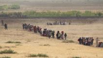لاجئون سوريون من الرقة قرب الحدود-التركية2014 - القسم الثقافي