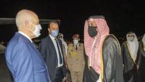 الرئيس التونسي ووزير الدفاع القطري (تويتر)