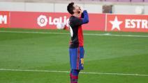 هكذا سيعاقب برشلونة بسبب تكريم ميسي لمارادونا