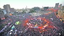 اشتُهرت كثير من الفرق المصرية في ميدان التحرير (Getty)