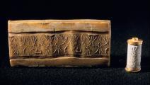 ختم ينتمي إلى حضارة أوغاريت، التي لا يمكن قراءة أبجديتها بمعزل عن اللغة العربية بحسب الكاتب (Getty)