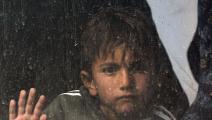 ينزح من مخيم إلى آخر داخل العراق (أحمد الربيعي/ فرانس برس)