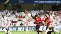 """""""الكاف"""" يُهدد الوداد المغربي بخسارة مباراته أمام كايزر شيفس"""