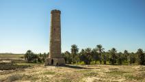 قام تنظيم داعش بتدمير هذه المنارة التي شيدت في عهد الخليفة الثاني عمر بن الخطاب (العربي الجديد)