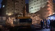 انهيار مبنى في جسر السويس (فيسبوك)