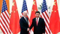 لقاء بين جو بايدن والرئيس الصيني شي جين بينغ ببكين في عام 2013