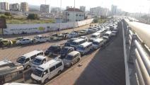 طابور سيارات امام محطة وقود في سورية (فيسبوك)