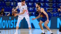 ريال مدريد يحسم كلاسيكو كرة السلة على حساب برشلونة