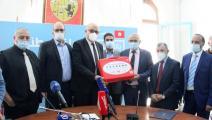 تسلمت وزارة الصحة التونسية 2000 جهاز دعم تنفس من جمعيات المغتربين (فيسبوك)