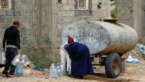 تأمين مياه الشرب مهمة شاقة في ليبيا (محمود تركية/ فرانس برس)