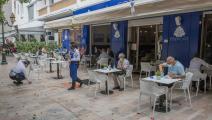 مقهى في المغرب (جلال مرشدي/الأناضول)