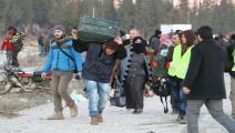 نازحون سوريون يصلون محافظة إدلب شمال البلاد/ الأناضول