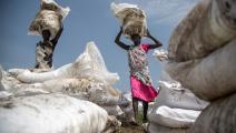 أوكسفام توزع مساعدات في جنوب السودان (ألبيرت غونزاليس فران/ فرانس برس)