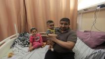 ناجون من القصف على غزة (العربي الجديد)