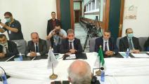 الأحزاب الجزائرية تجتمع مع رئيس سلطة الانتخابات - فيسبوك