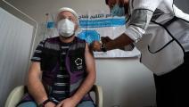 لم يتردد في أخد اللقاح (عمر حاد قدور/ فرانس برس)