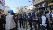 الاحتلال يدمر أبراجا للإعلام في غزة (عبد الحكيم أبو رياش)