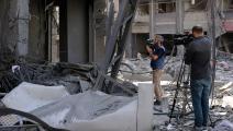 صحافيو غزة يغطون العدوان عليها (عبد الحكيم أبو رياش)