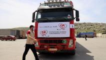 شاحنة تنقل مساعدات طبية في معبر باب الهوى (محمد الرفاعي/ فرانس برس)