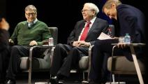 غايتس وورين بافيت بين الرجال الأغنى في العالم (سبنسر بلات/ Getty)