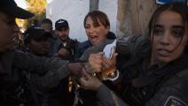 الاحتلال الإسرائيلي يعتقل الزميلة جيفارا البديري ويعتدي على المصور (تويتر)