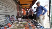 بسطات الأسواق مليئة بمعدات الأضاحي (العربي الجديد)