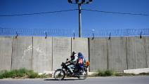 أفغان على دراجة نارية في أفغانستان (وكيل كوهسار/ فرانس برس)