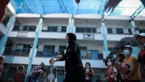 مخيم صيفي في إحدى المدارس التابعة لأونروا في غزة (مجدي فتحي/ Getty)