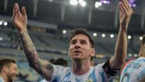 خيبة برازيلية... صحف الأرجنتين تستفز نظيرتها وتحتفل بميسي